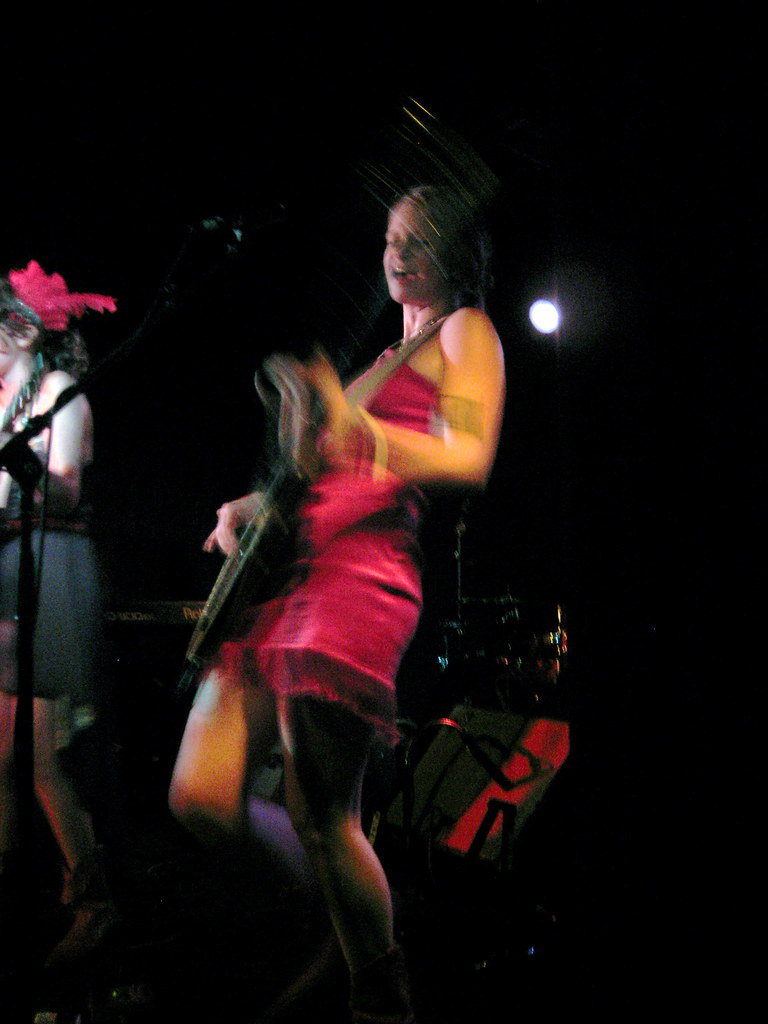 Those Darlins @ Southpaw 7/10/09