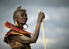 Pokot tribe old woman with a stick - Kenya (Eric Lafforgue) Tags: africa portrait people face beads kenya culture tribal human tribes bead afrika tradition tribe ethnic tribo gens visage headdress afrique headwear ethnology headgear tribu eastafrica beadednecklace coiffe 7580 qunia lafforgue ethnie ethny  qunia    beadsnecklace kea    humainpersonne a