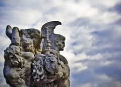 ... Gloria Mundi (Diaaavelo) Tags: city bridge light sky italy sculpture rome roma art monument clouds italia ponte turchese pontevittorioemanueleii centurione cieloromano