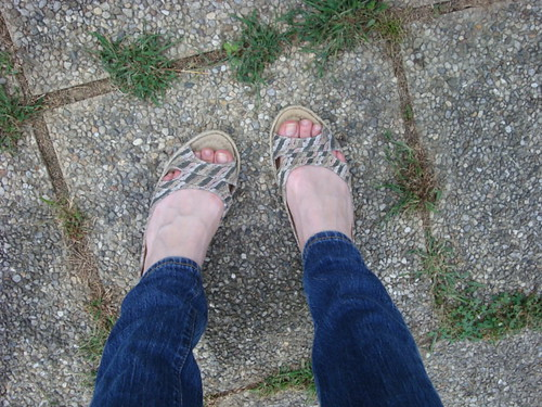 08-27 shoes