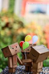 哇...!!氣球耶~ (sⓘndy°) Tags: sanfrancisco canon toy toys box figure figurine sindy kaiyodo yotsuba danbo revoltech danboard 紙箱人 阿楞 amazoncomjp
