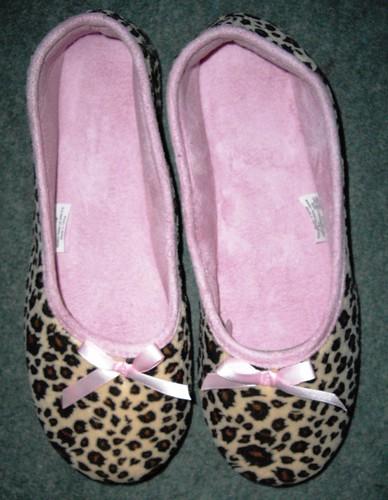 Matalan leopard slippers