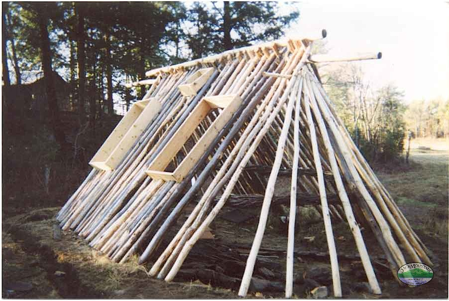 Vertical Log Cabin Out Of Thin Logs Bushcraft USA Forums