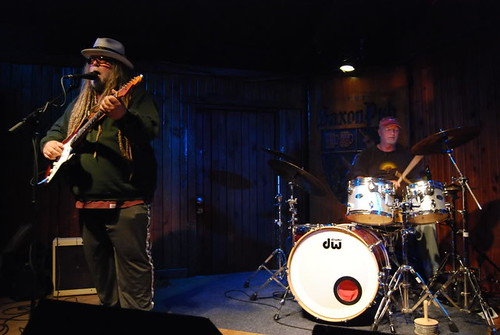 Papa Mali with Bill Kreutzmann of the Grateful Dead - 10/11/09 Saxon Pub, Austin, Texas (SaveKUTAustin benefit)