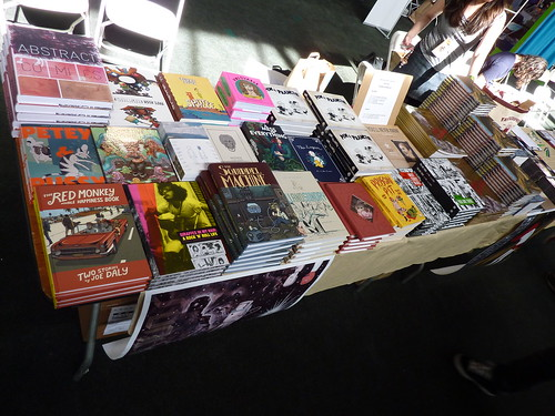 APE 2009 - Fantagraphics table