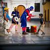 David, comédien de rue, Son premier contact avec les enfants Trujillo, Perou