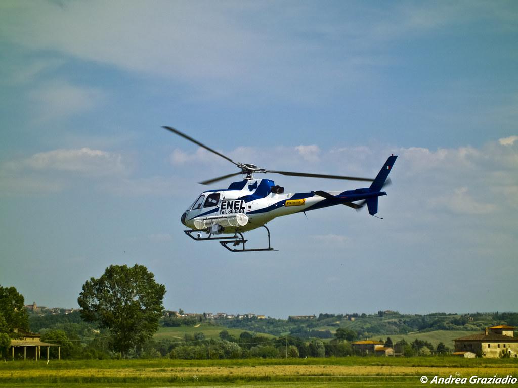Elicottero 355 : Forze speciali mh blackhawk elicottero u foto editoriale stock