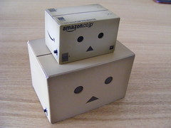 The heads of Danboard and Mini Danboard (toythatkills) Tags: yotsuba amazoncojp revoltech danboard minidanboard