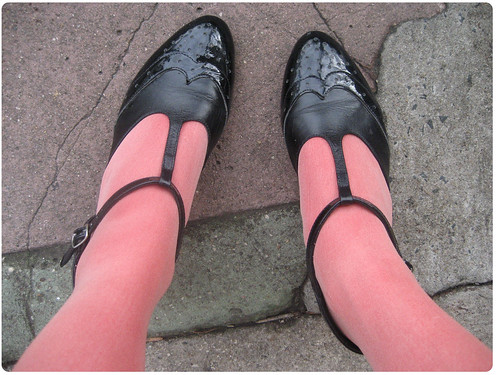 MangoTightsShoes