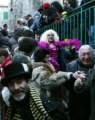 Mr. Carnevale (Il farro / francescopalladino) Tags: italy costume italia piazza carnevale borgo 2009 costumi molise mascherata paese ripalimosani eventidafotografare
