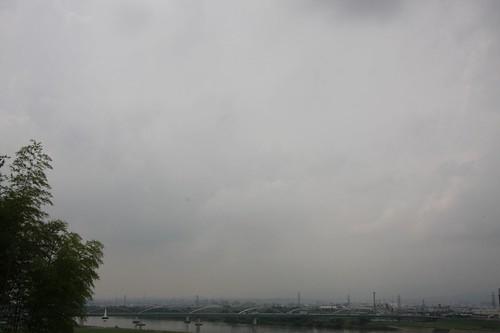 あいにくの曇天・・