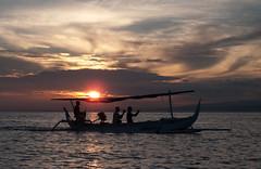 Sunrise (Pedro Nez) Tags: ocean bali sunrise indonesia indian amanecer 2009 oceano ozean indische tagen indico