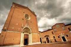 Siena - Basilica di San Francesco (Manlio Castagna) Tags: sky clouds canon square basilica bricks wide siena 1020mm hdr manlio sanfrancesco simga tonemapped tonemap 400d basilicasanfrancesco manliocastagna manliok