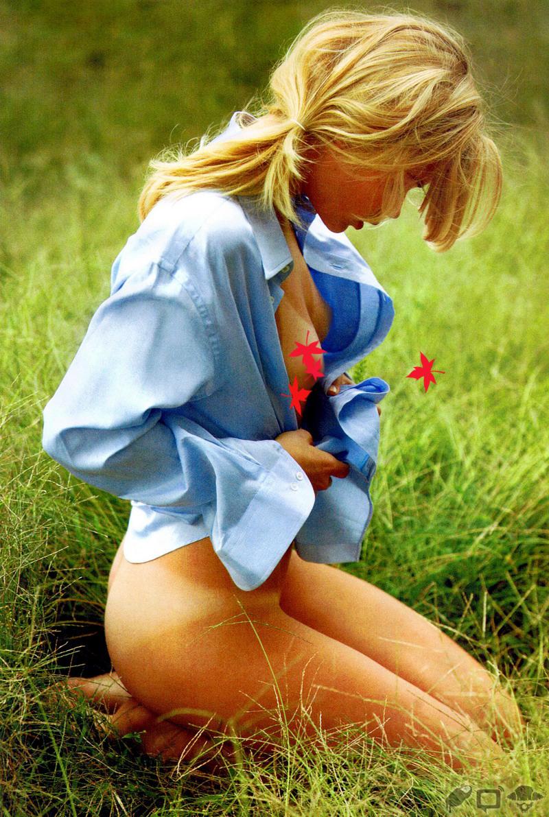 tan-lines-grass