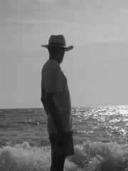 Sconfitti irriducibili (ALMartino Fiero del mio sognare) Tags: life sea summer me argentina strada mare estate io panama ritratto soriano letteratura sfida irriducibili almartino iomestesso sconfitti orasiparlaaddiritturadiclint grazieely postatasoprattuttoperchèmisidissechesembravohemingway senzapanciaperò