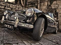 Austin Haley (Isidr☼ Cea) Tags: bw classic portugal car bn coche hdr astonmartin clásico vilanovadecerveira olympuse520