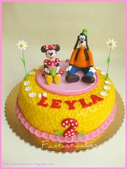 Torta Minnie e Pippo / Minnie and Goofy Cake (Fantasticakes (Ccile)) Tags: goofy birthdaycake minnie pippo disneycharacters cakeforgirls tortasdecoradas cakeforchildren sugarmodelling tortedecorate gateauxrigolos