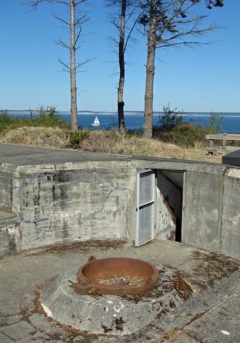 Battery Lee