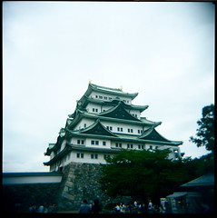 nagoya castle (troutfactory) Tags: castle film japan architecture mediumformat square japanese holga traditional toycamera rangefinder nagoya  analogue reconstruction coolbeans  kodak400vc nagoyajo 120cfn