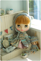 woolly bebehs ^^ (megipupu) Tags: hat miniature doll dress handmade crochet knit blythe hybrid cardigan dollhouse megipupu misssallyrice aubrena