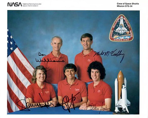 STS-34 / PHOTO D'EQUIPAGE SIGNEE