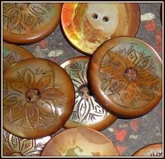 large vintage flower buttons
