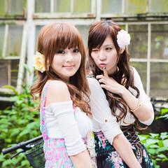 (swanky) Tags: portrait people woman cute girl beauty canon asian eos model asia pretty taiwan babe ntu  2009 taiwanese  minako   nationaltaiwanuniversity mikako    mikako1984   5dmarkii 5d2 5dmark2