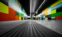 colored walls (mcmumpitz) Tags: colors cutout germany subway munich bayern bavaria metro ubahn photowalk muenchen colorkey georgbrauchlering ubahnmuenchen:line=1 Photowalkingmunich:event=15