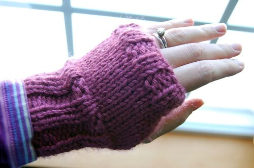 easy knit handwarmers