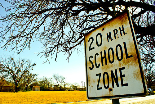 Parents: Congress Considers Sidewalk Safety Bill For School Zones 1