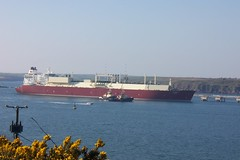 L.N.G. CARRIER, AL ORAIQ (joemor2) Tags: sea wales boats westwales ships tugs pembrokeshire tidal carrier tanker waterway lng milfordhaven southhook aloraiq