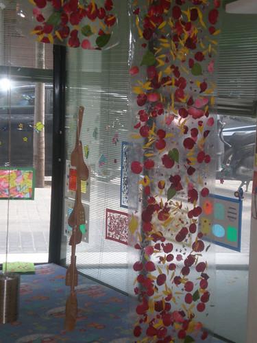 i les classes shan omplert de petals!!!