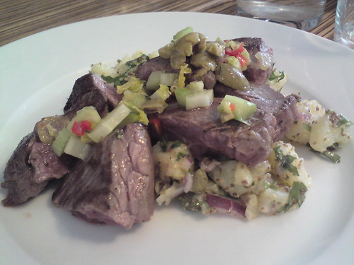 L'Office: Veal onglet and potato salad