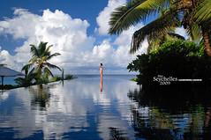 Infinity (Dan & Luiza from TravelPlusStyle.com) Tags: woman infinity horizon resort seychelles infinitypool banyantreehotel infinityedgepool vanishingedgepool negativeedgepool disappearingedgepool zeroedgepool