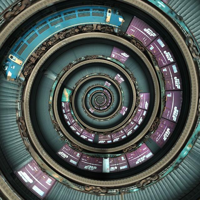 Spiral Train