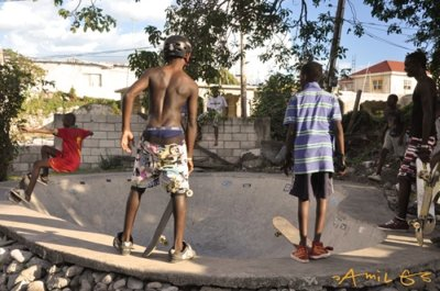 jamaican_skaters_02_400