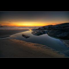 another pool... (moe chen) Tags: beach pool rock sunrise dawn sand nikon rocks maine sigma moe 1020mm fortunes tidal biddeford d300 moe76