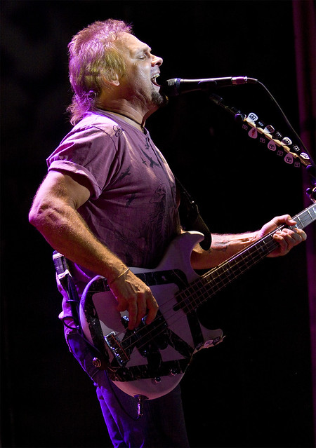 2009.08.22  Chickenfoot - Michael Anthony