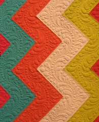 Zigue Zague - Close up 1 (QOB) Tags: modern quilt quilting quilted patchwork longarm qob machinequilted quiltsonbastings