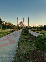 Sabanci Mosque Pathway (Clint Koehler) Tags: park turkey nikon asia wideangle mosque adana dri photomatix d700 sabancmosque nikond700 142428