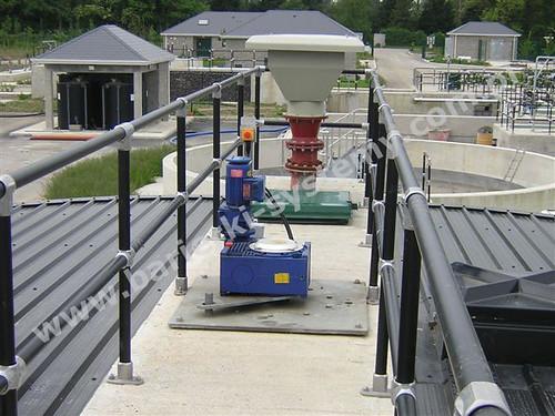 Kee Lite - barierki bezpieczeństwa ze złączy i rur aluminiowych