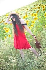 Ukull Red (9) (MelletingMixPix) Tags: colors field hat fashion concert couleurs longhair champs mango sunflower brunette summerdress mode southoffrance brune reddress tournesol richelieu gers ukull streetstyle roberouge cheveuxlong mangodress robedt mlissandrel sophieboss robemango