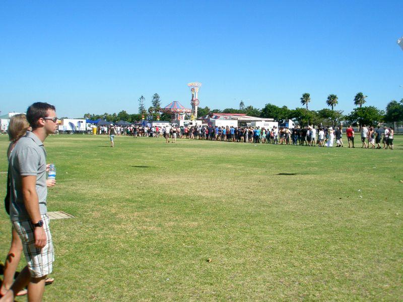 beer festival line 4