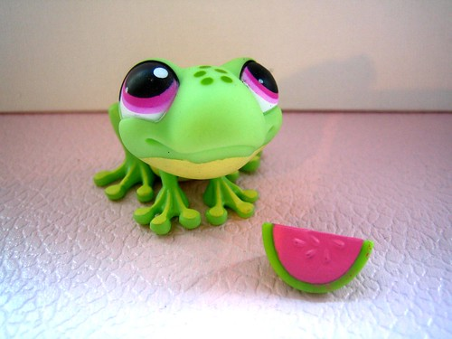 Littlest Pet Shop Froggie by naughty-but-nice.