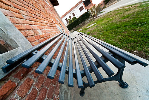 Perspective on www.lucamoglia.it