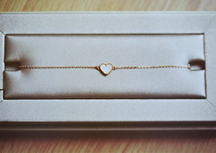 ♥ (heartbreaker [London]) Tags: paris yellow gold heart sweet bracelet van mop ♥ vca cleef arples