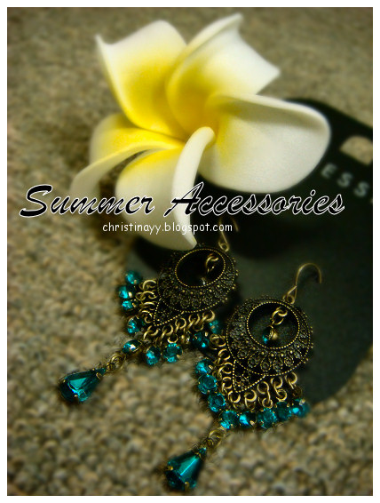 Shopping Items: Yellow & White Flower Hairband and Earrings