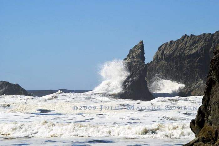 crashing waves on rocks at Olympic National Park coastline at Second Beach