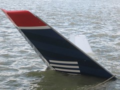 US AIR Water Landing In Hudson River (buff_wannabe) Tags: nypd disaster hudsonriver fdny usairways uscg airplaneaccident