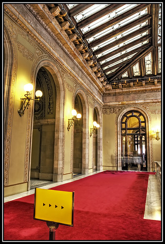 Parlamento Escalera Central
